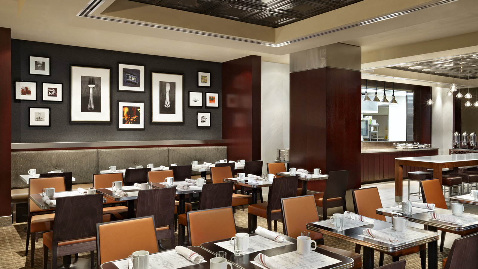 Downtown toronto restaurants sheraton centre toronto hotel for Best private dining rooms downtown toronto