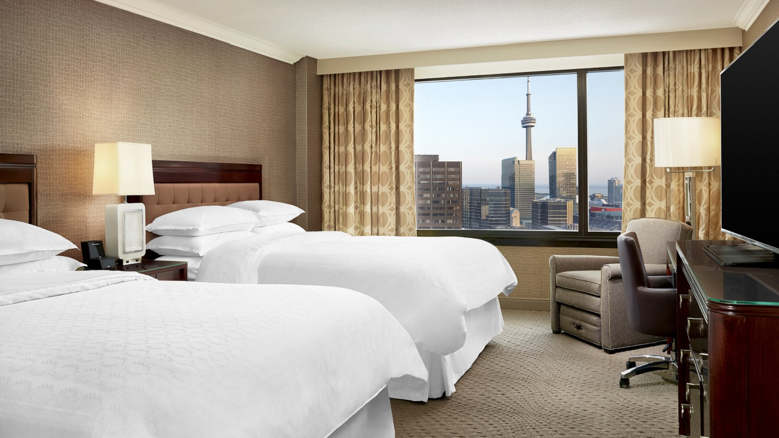 Toronto Accommodations Sheraton Centre Toronto Hotel
